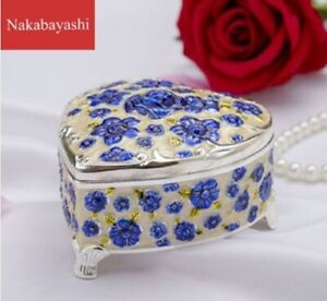 WHITE TIN ALLOY HEART WITH BLUE ROSE MUSIC BOX : FLY ME TO THE MOON
