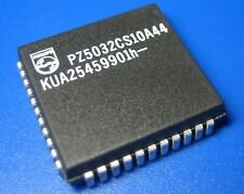 Phillips PZ5032CS10 CoolRunner® ╍Xilinx XCR5032 TotalCMOS™ FZP CPLD 32 Macrocell