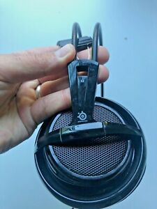 SteelSeries Siberia V2 Full-Size Red Headband Headset Gaming Headset - WORN FOAM