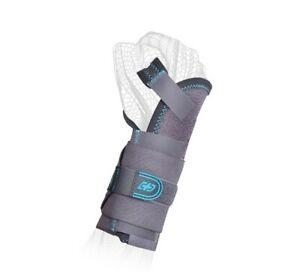 Donjoy Advantage Stabilizing Elastic Wrist with Palmer Stay