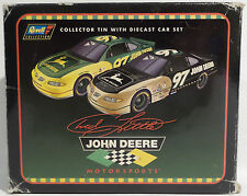 CARS : JOHN DEERE SET OF 2 STOCK CAR DIE CAST MODELS WITH COLLECTORS TIN