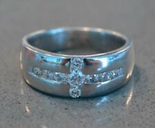 14K White Gold and Diamond Mens Ring Approx 0,62 CT