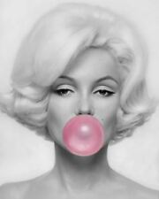 Marylin Monroe - Pink Bubble Gum Actress Wall Art Large Poster / Canvas Pictures