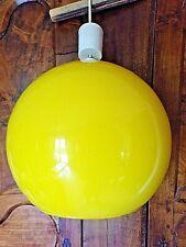 Gros lustre boule jaune-opaline vintage 1970-électrique-suspension