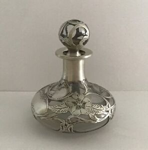 Stunning Art Nouveau Sterling Silver Overlay Glass Wine decanter