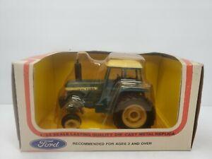 FORD TW-20 1/32 Tractor NIB