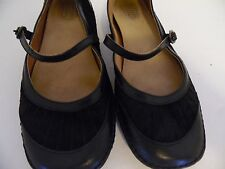 LADIES LIFE STRIDE BROWN MARY JANE LOW HEEL SHOES SIZE 6M .