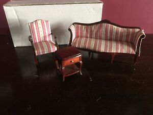 Dolls House - Sheraton Living room Furniture - Mahogany Finish