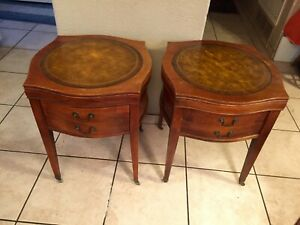 Pair of Vtg Mahogany Tooled Leather Top One Drawer End Lamp Tables Traditional