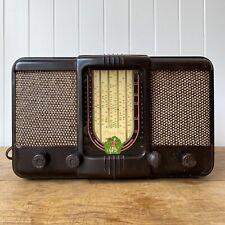 Peter Pan Bakelite Radio Vintage