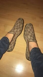 Gucci Ladies Authentic Brown And Beige Canvas Loafers Size 36 (fits Uk Size 4)
