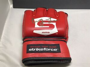 Cung Le Signed Strikeforce Official Fight Glove Autographed 1A
