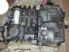 MERCEDES BENZ 300SD INJECTION PUMP - USED