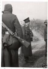 9124/ Originalfoto 6x9cm, Soldaten, Luftwaffe am Schießstand in Péronne, 1942