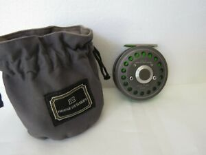 Hardy JLH #8/9 fly reel No 499 in Hardy draw string pouch and lined.