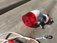 VINTAGE BIKE BICYCLE OLD SCHOOL DYNAMO LIGHT REAR LIGHT ASSEMBLY TAIL LIGHT NOS