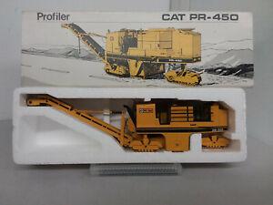 NZG - CAT PR-450 Profiler  1:50
