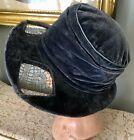 ORIGINAL ANTIQUE 1920's GRAY VELVET BRIMMED CLOCHE HAT W/ METALLIC LACE INSERTS