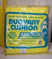2 Type Iv Personal Throwable Flotation Devices Uscg Approved / Seat Cushions