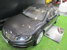 VOLKSWAGEN PHAETON gris foncé au 1/18 KYOSHO 08831MBK voiture miniature