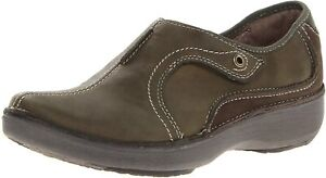 Clarks BNIB Ladies Sports Slip-on Shoes WAVE ROUTE Brown Leather UK 7 / 41