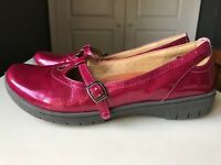 CLARKS Structured Designer Ladies Women Court Flat Shoe Pink Leather Size 5 38 D