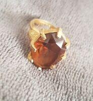 Vintage Sarah Coventry Goldtone brown Glass adjustable Dress Ring sarah COV vtg