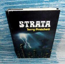 Strata by Terry Pratchett (1981, Hardcover)