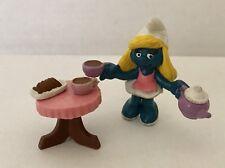 SMURFETTE PVC Figure Serving Tea SUPER SMURFS complete toys