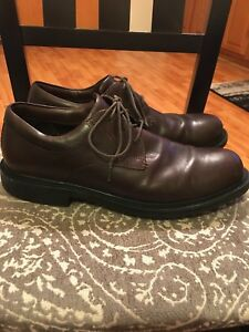 MEN'S RED WING BROWN OXFORDS STEEL TOE SIZE 9.5B