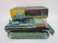 ORIGINAL VINTAGE CHINA TIN TOY SPACE TANK ME 091 WITH BOX