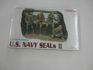 Dragon 3024 U.S. NAVY SEALs II 'Nam Series 1/35 Model Kit Sealed New