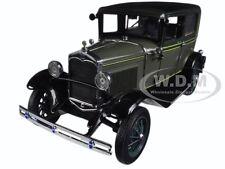 1931 FORD MODEL A TUDOR KEWANEE GREEN 1/18 DIECAST MODEL CAR BY SUNSTAR 6101