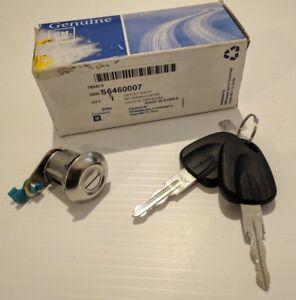 DAEWOO CIELO NEW OLD STOCK GENUINE GM TAILGATE BOOT LOCK & KEY SET S6460007