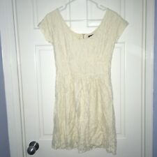 Banana Republic MadMen Collection ivory/cream scoop neck lace dress, size 4