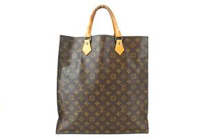 LOUIS VUITTON Sac Plat Monogram Tote Bag M51140