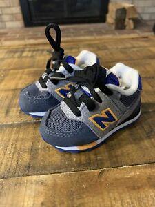 New Balance Infant/Toddler Size 2c Blue gray yellow