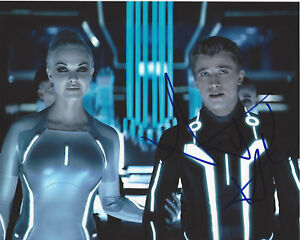 GARRETT HEDLUND SIGNED AUTHENTIC TRON LEGACY 8X10 PHOTO COA ACTOR FOUR BROTHERS