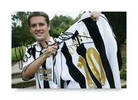 Michael Owen Signed 6x4 Photo Manchester Newcastle United Genuine Autograph +COA