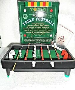 * FUN CHILDREN'S MINIATURE TABLE FOOTBALL GAME Suitable for 3 + *