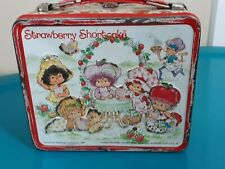 VINTAGE 1980s STRAWBERRY SHORTCAKE LUNCHBOX WITH THERMOS