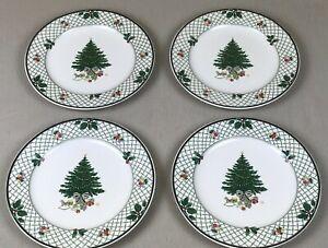 Mikasa Heritage  Christmas Story  Dinner Plates Set of 4