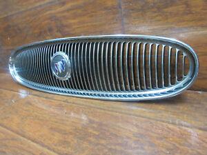 Buick LeSabre: 2000, 2001, 2002, 2003, 2004, 2005, Chrome Grille with emblem