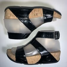 Women Size 5 Fit Flops Arena Black Patent Leather T-strap Gladiator Sandals
