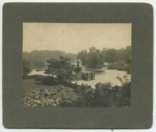 OUTDOOR VINTAGE PHOTO OF STATUE/FOUNTAIN BY RIVER   TREES UNKNOWN LOCATION