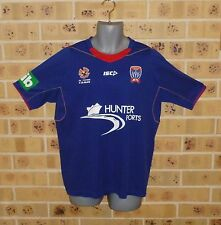 Medium Mens Newcastle United Jets Home Soccer Jersey Football Shirt Pre Owned