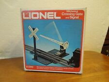 NOS Lionel O gauge Mechanical Crossing Gate and Signal #6-2310