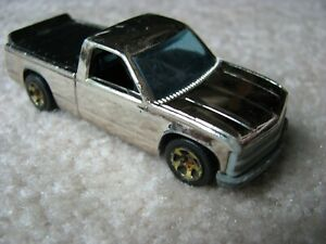 Vintage 1995 Hot Wheels  1/64 Silver Chrome '96 CHEVY 1500 Pick-Up Truck