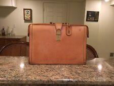 Hartmann Belting Leather Classic Lawyer's Briefcase Attache Gladstone Vintage