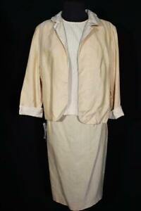 RARE VINTAGE DEADSTOCK VINTAGE 1970'S 3 PC RAYON YELLOW  SUIT SIZE 10-12